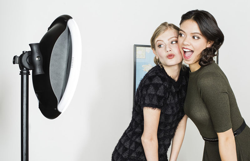 Simple booth photo booth selfie station platform solutioingenieria Image collections
